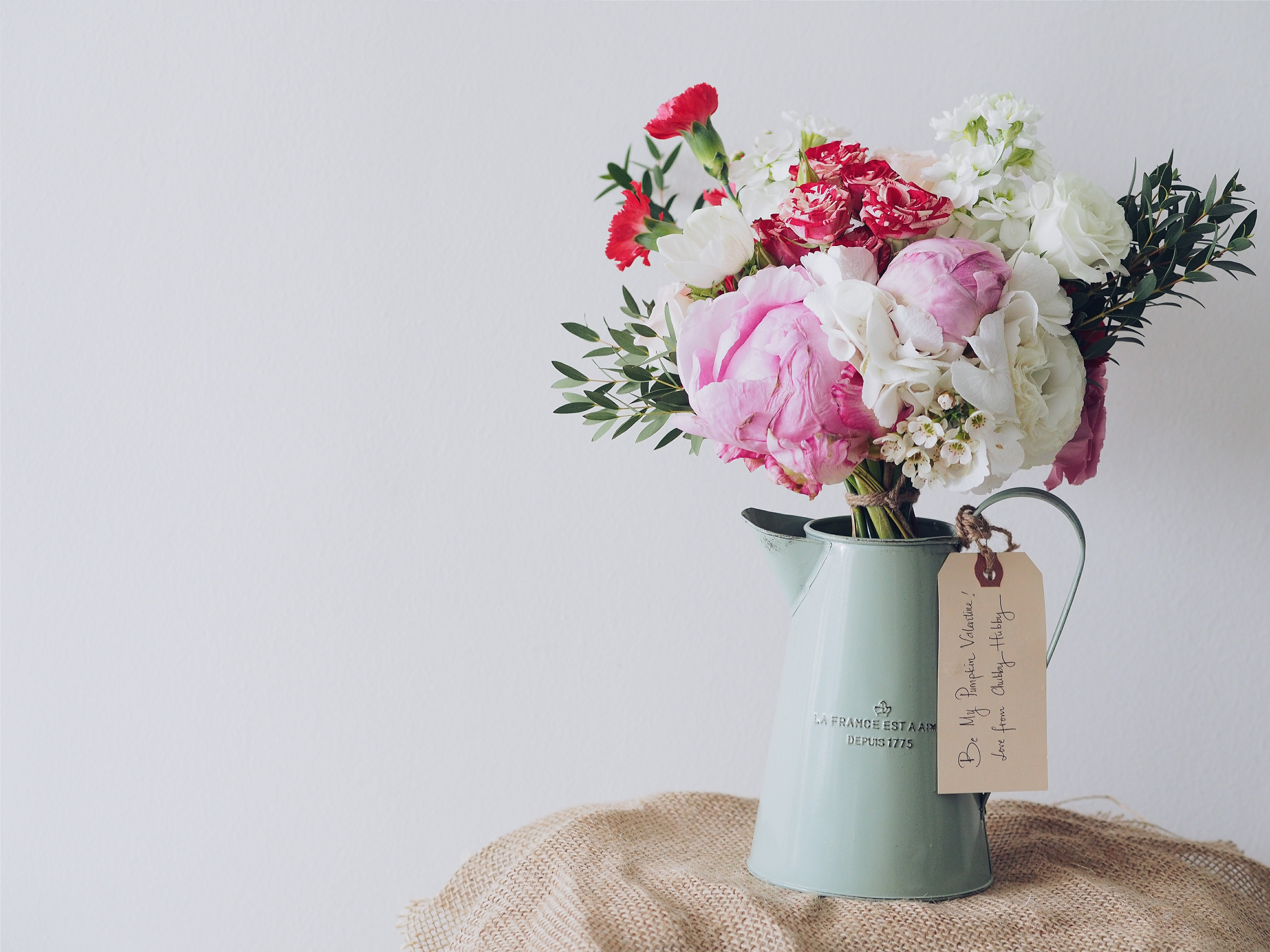 five ways to celebrate memorial day with flowers