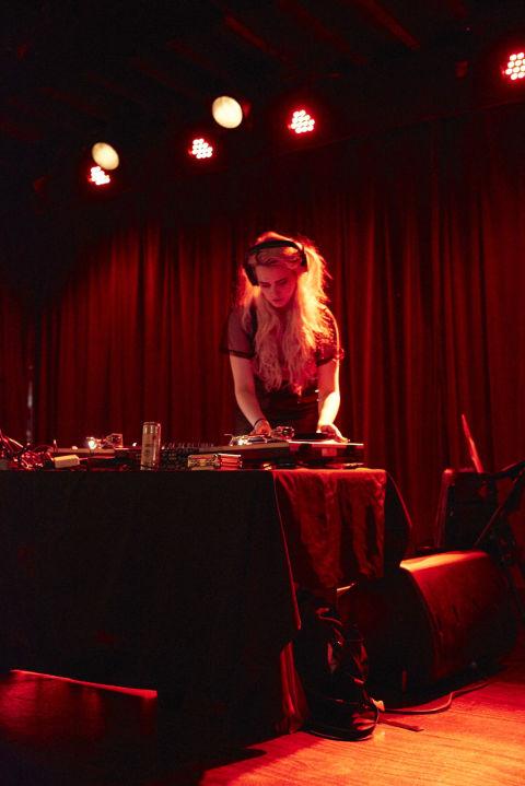 DJ Andi Harmon